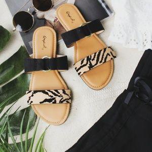 Shoes - 🆕️//The Palms// Animal print Sandal